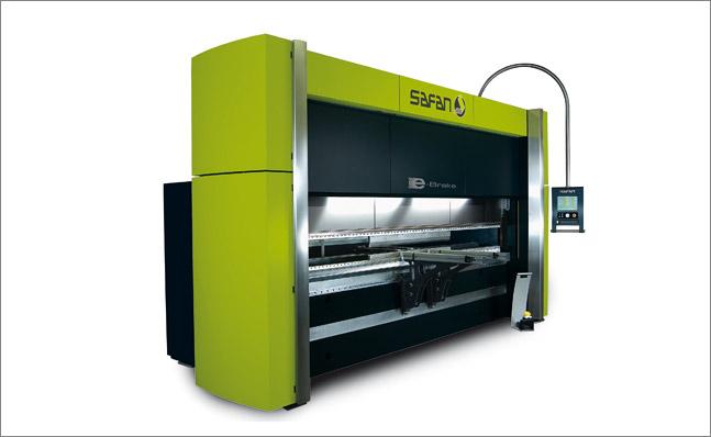 CNC obrábění | ohraňování | stříhání
