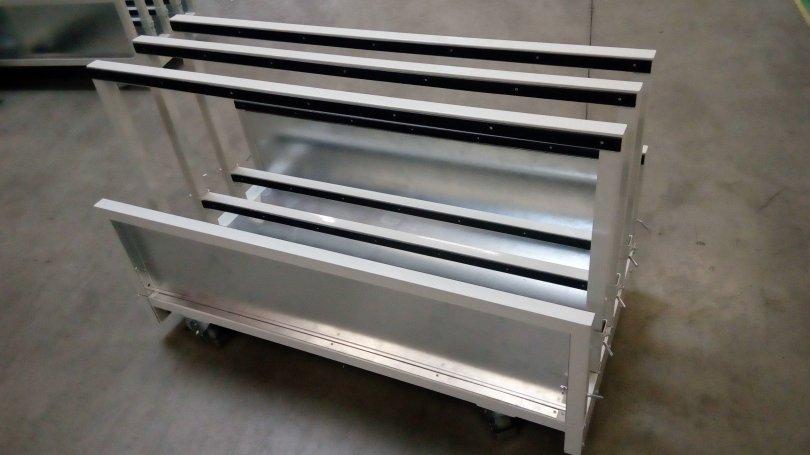 Vozíky pro převoz deskového materiálu